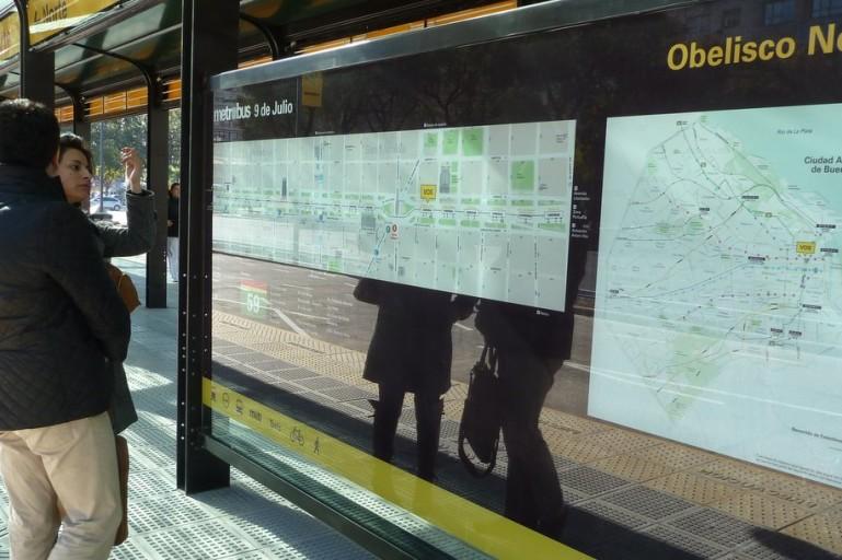 Metrobus_PanelObelisco Norte-recortada